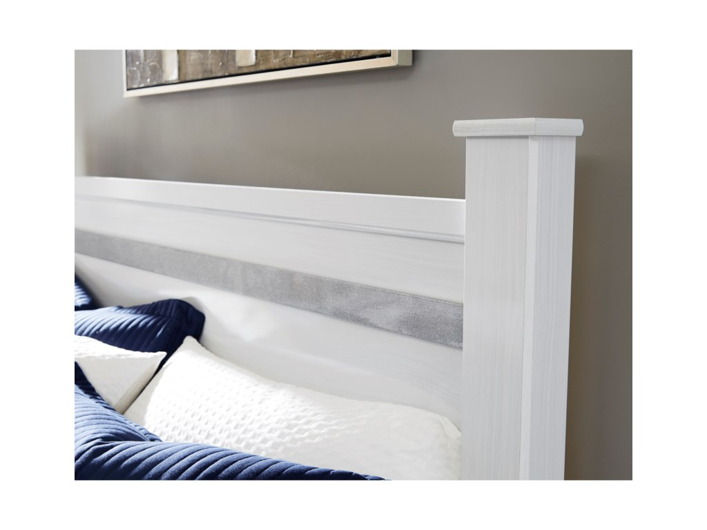 Signature Design by Ashley JalloryQueen Poster Bed
