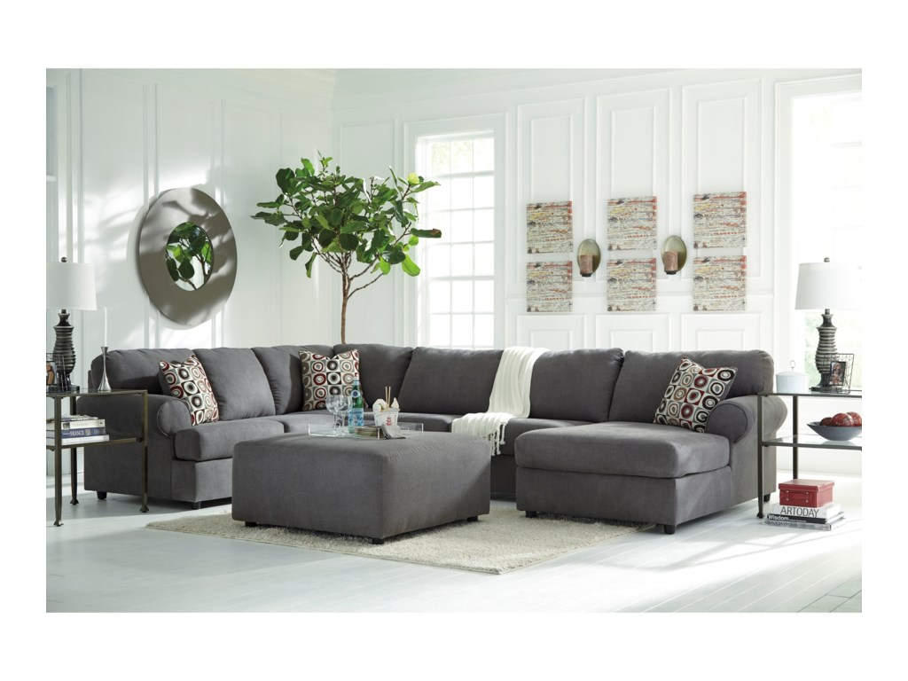 Signature Jayceon3-Piece Sectional with Chaise