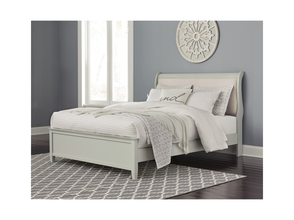 Signature Design by Ashley JorstadQueen Sleigh Bed