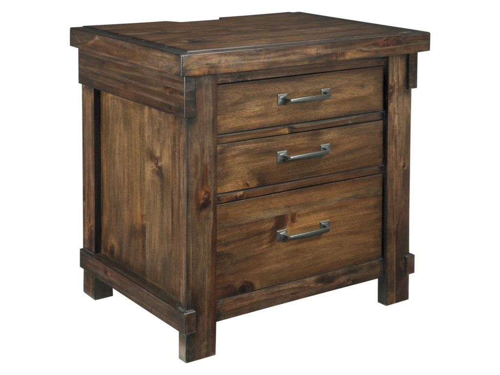 Ashley (Signature Design) LakeleighThree Drawer Night Stand