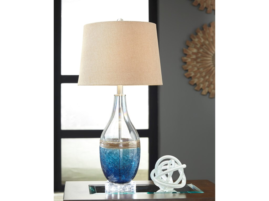 Signature Design by Ashley Lamps - ContemporaryJohanna Glass Table Lamp