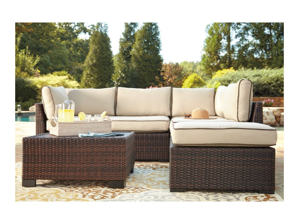 Signature Design by Ashley LoughranOutdoor Sectional Set with Cocktail Table