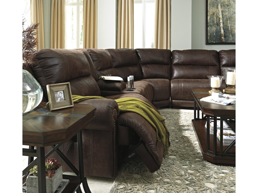 Signature Design by Ashley Luttrell6Pc Sectional w/ Console & Armless Recliners
