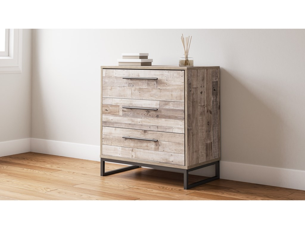 Signature Design by Ashley Neilsville3-Drawer Chest
