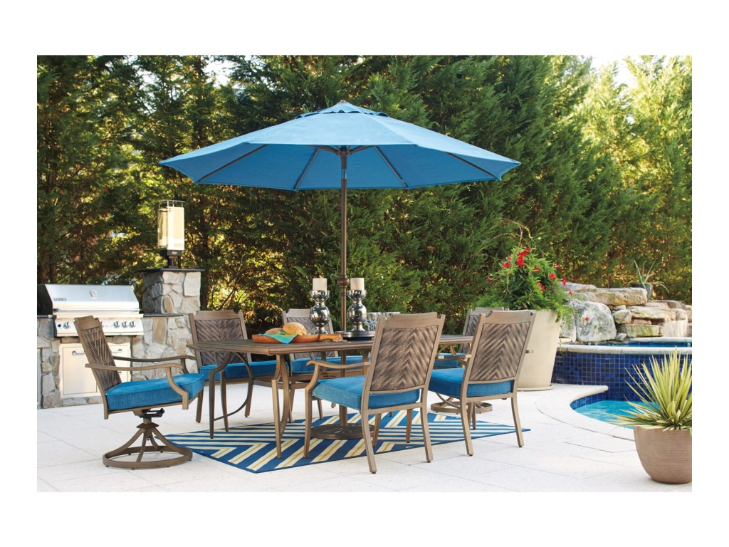 Signature Design by Ashley PartannaSet of 2 Outdoor Swivel Chairs with Cushion