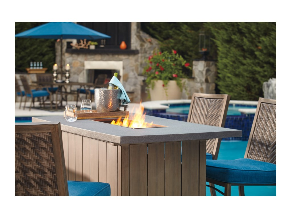 Signature Design by Ashley PartannaOutdoor Bar Table w/ Fire Pit