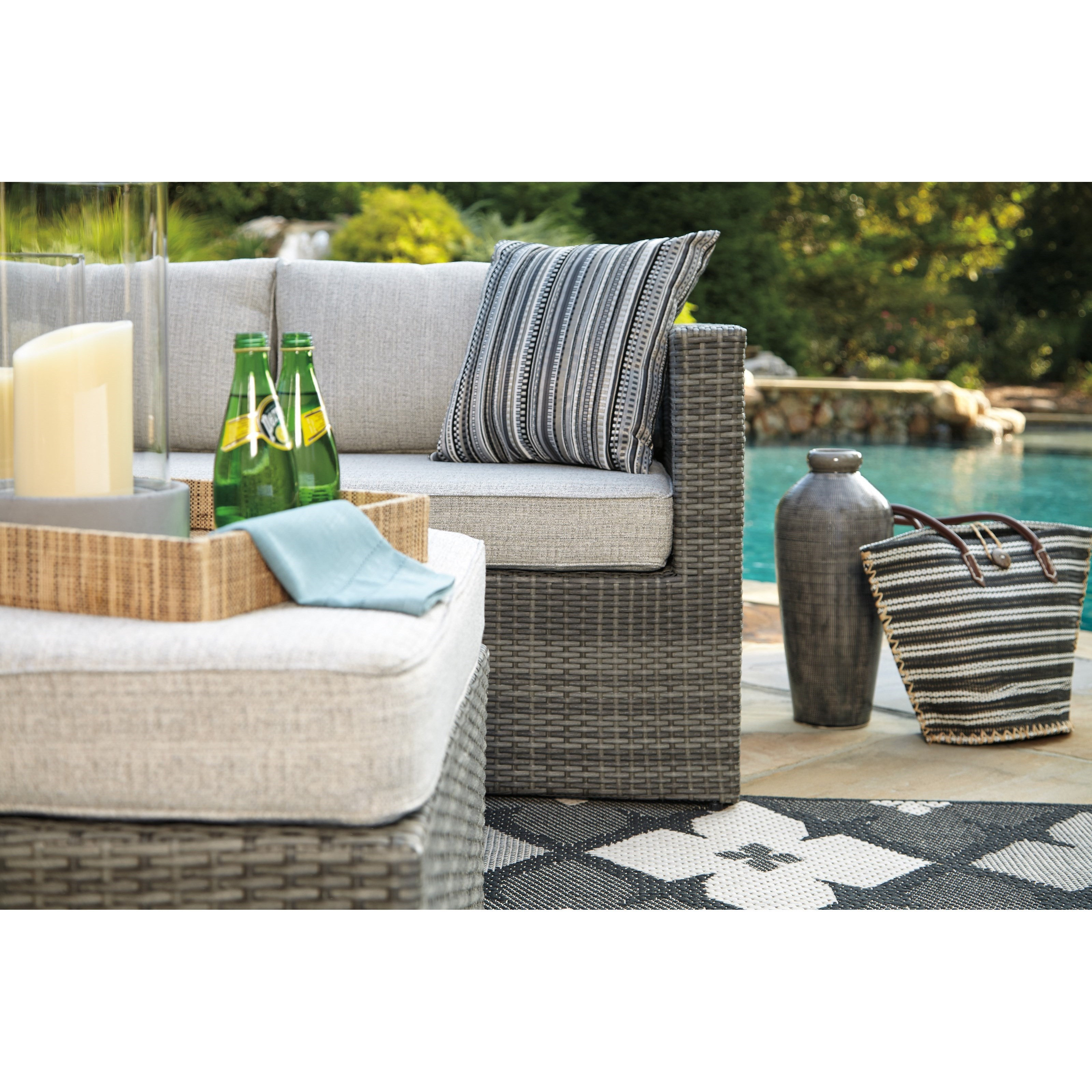 Peckham Park Outdoor Sectional Set With Ottoman By Signature Design By  Ashley
