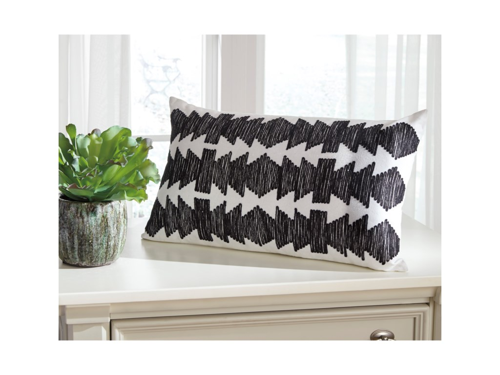 Ashley (Signature Design) PillowsTitus Black/Ivory Pillow