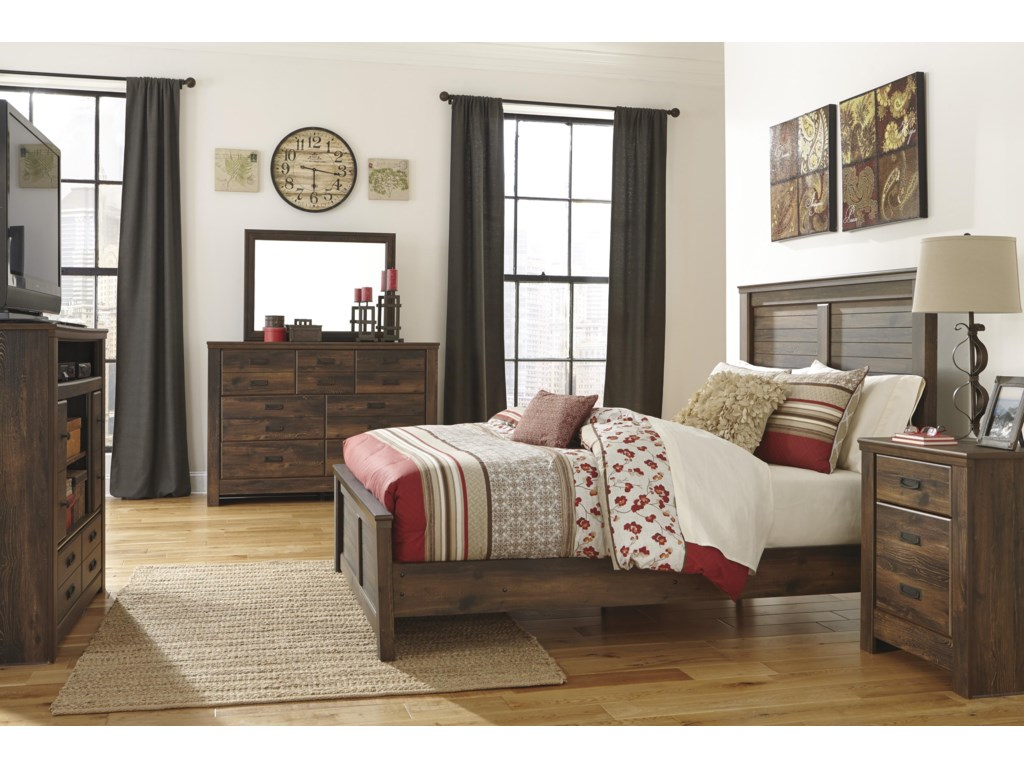 Ashley Signature Design QuindenQueen Panel Bed