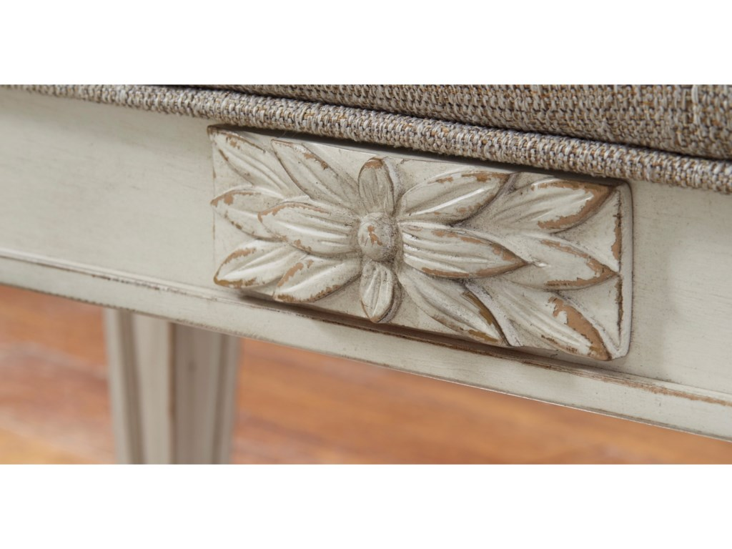 Signature Design by Ashley RealynAccent Bench