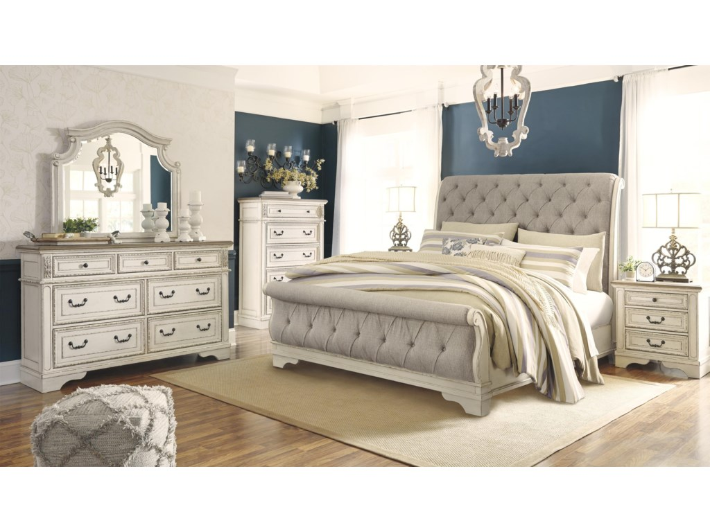 Signature Design by Ashley RealynKing UPH Sleigh Bed Package