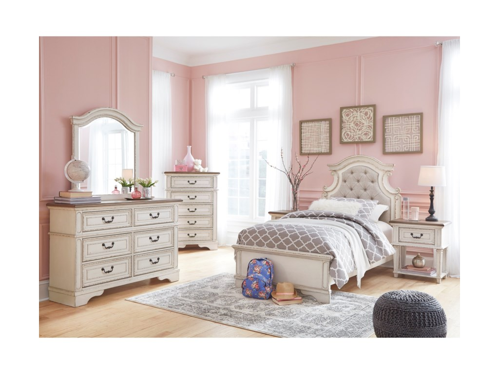 Signature Design by Ashley RealynTwin Bedroom Group