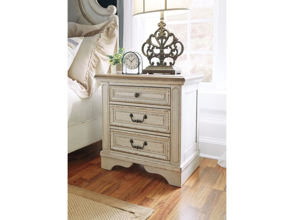 Signature Design by Ashley Realyn3-Drawer Nightstand