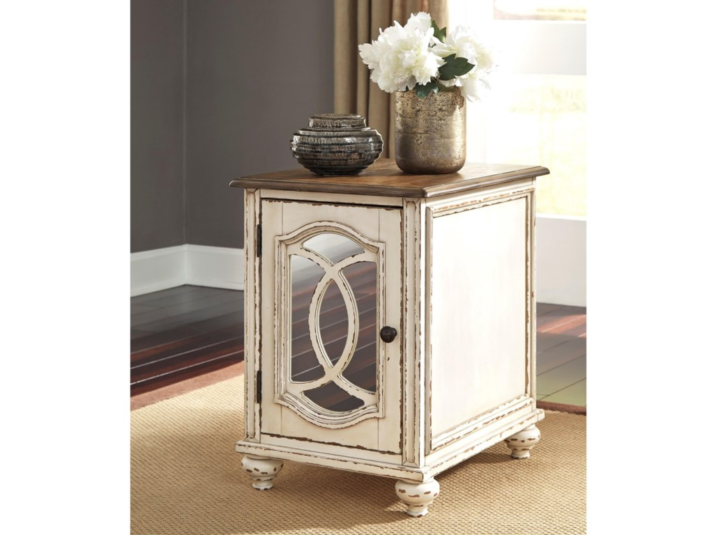 Signature Design by Ashley ClaireChairside End Table