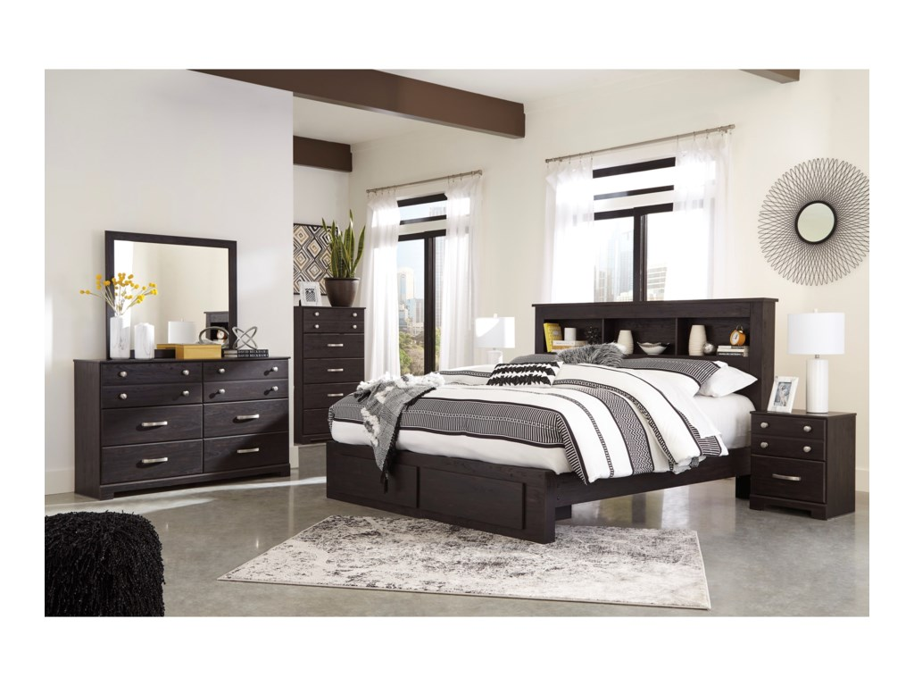 Signature Design by Ashley ReylowKing Bedroom Group