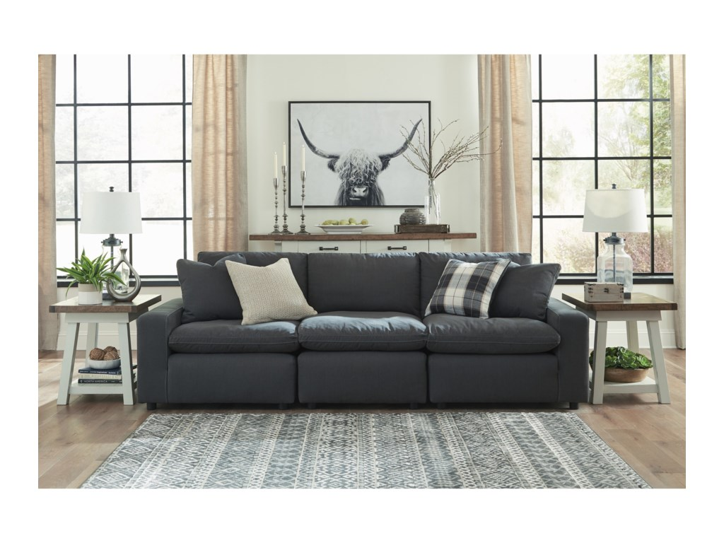 Signature Design by Ashley SavestoSofa