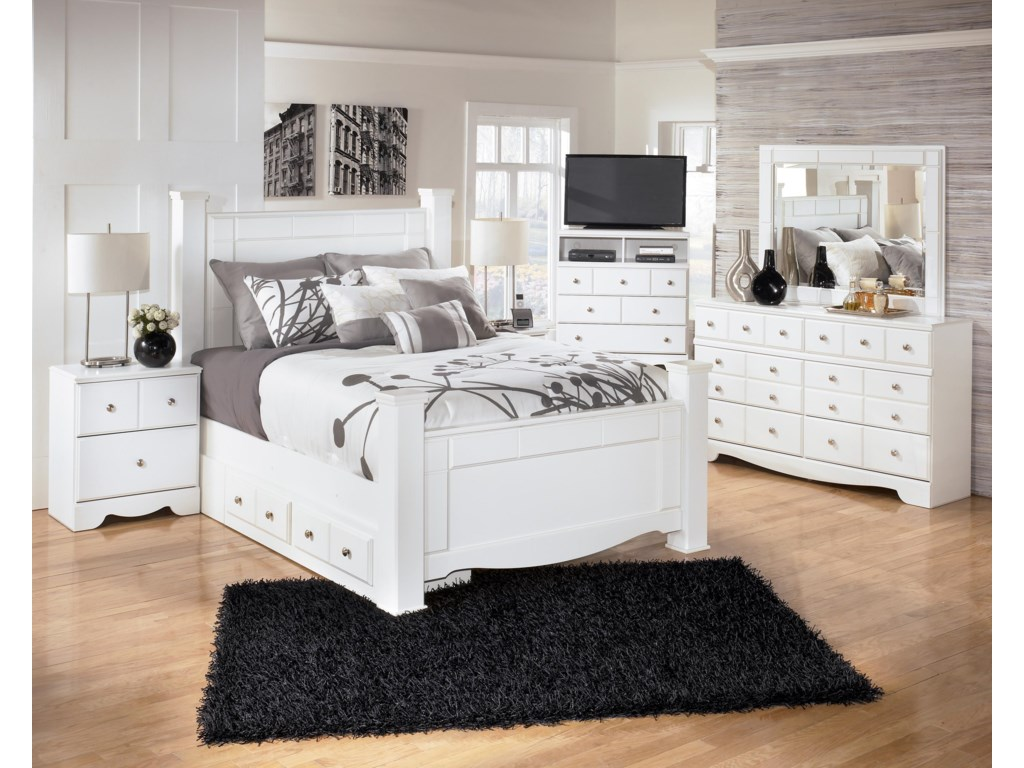 Signature Design by Ashley WeekiQueen Poster Bed with Underbed Storage