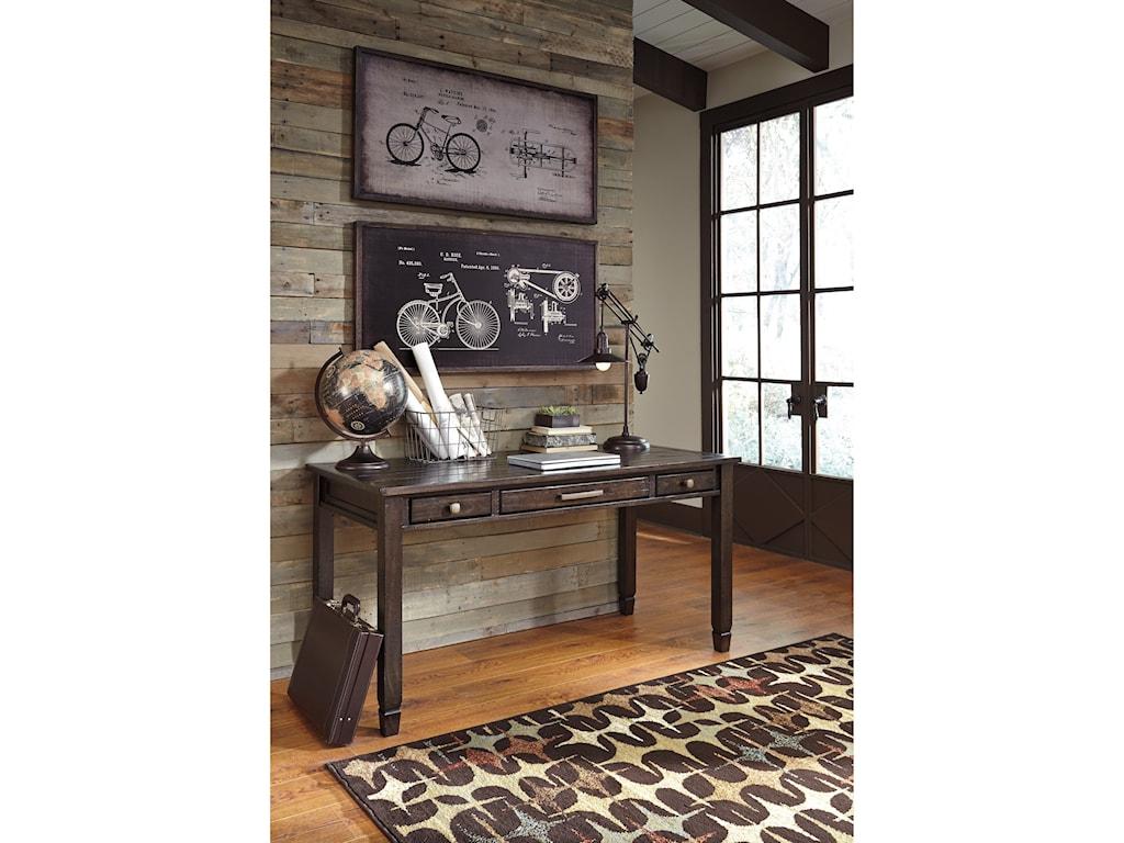Ashley (Signature Design) TownserHome Office Desk