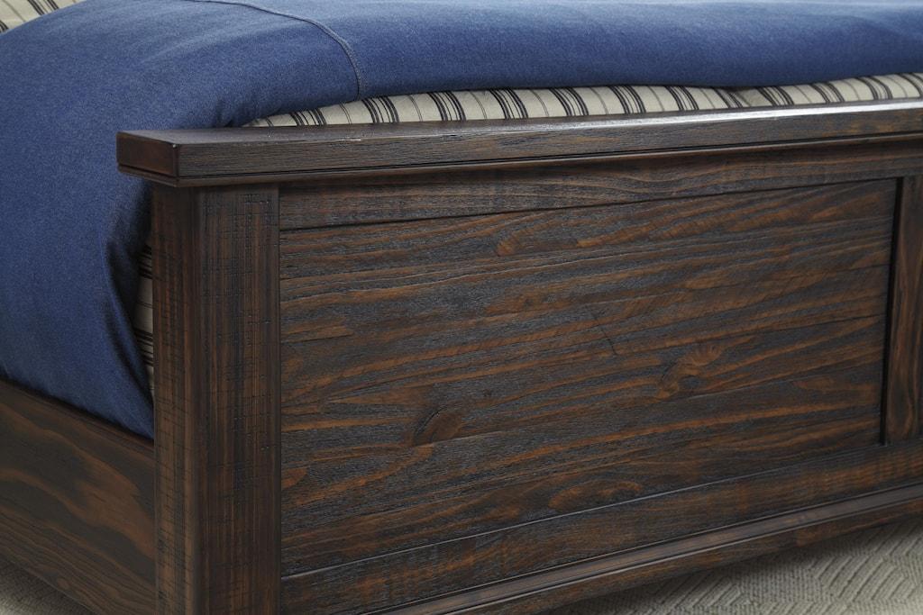 signature designashley trudell king soild pinewood bed - del