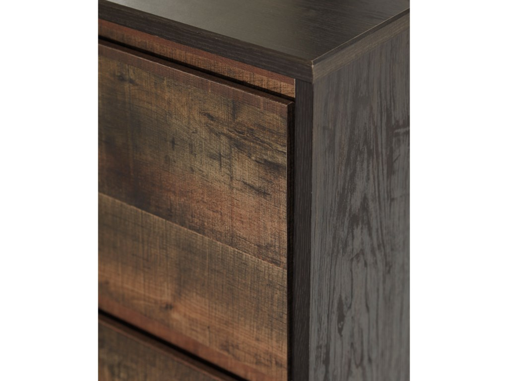 Signature Design by Ashley WindloreFive Drawer Chest