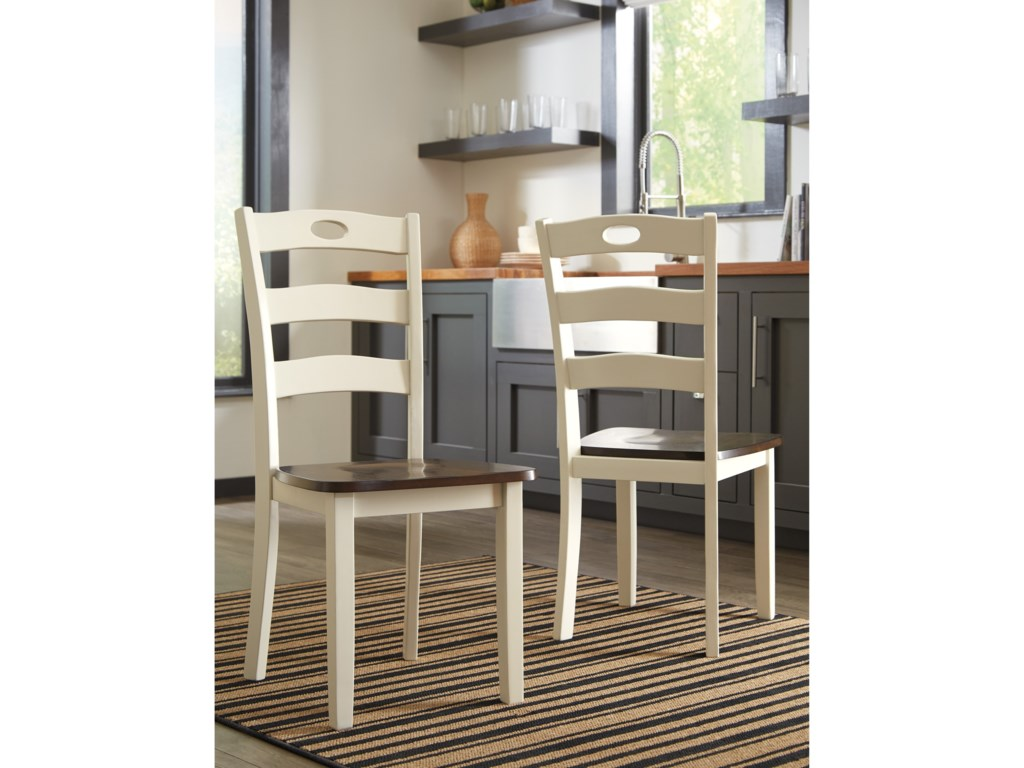 Benchcraft Woodanville5-Piece Round Drop Leaf Table Set