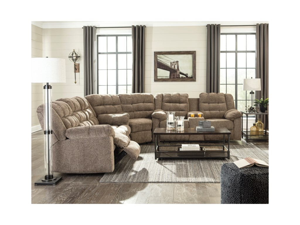Ashley (Signature Design) Workhorse3-Piece Sectional with Wedge