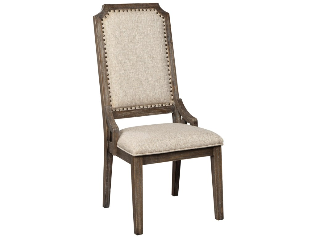Signature Design By Ashley Wyndahl Farmhouse Dining Upholstered Side Chair With Beige Fabric Royal Furniture Dining Side Chairs