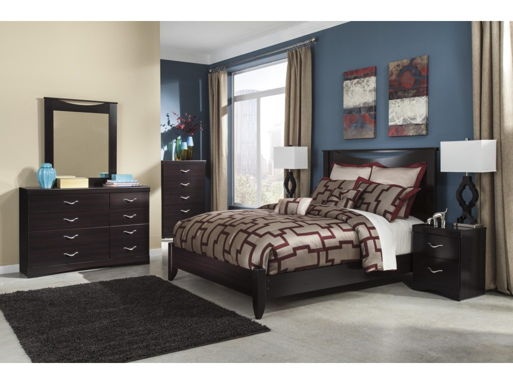 Signature Design by Ashley ZanburyQueen Bed with Low-Profile Footboard