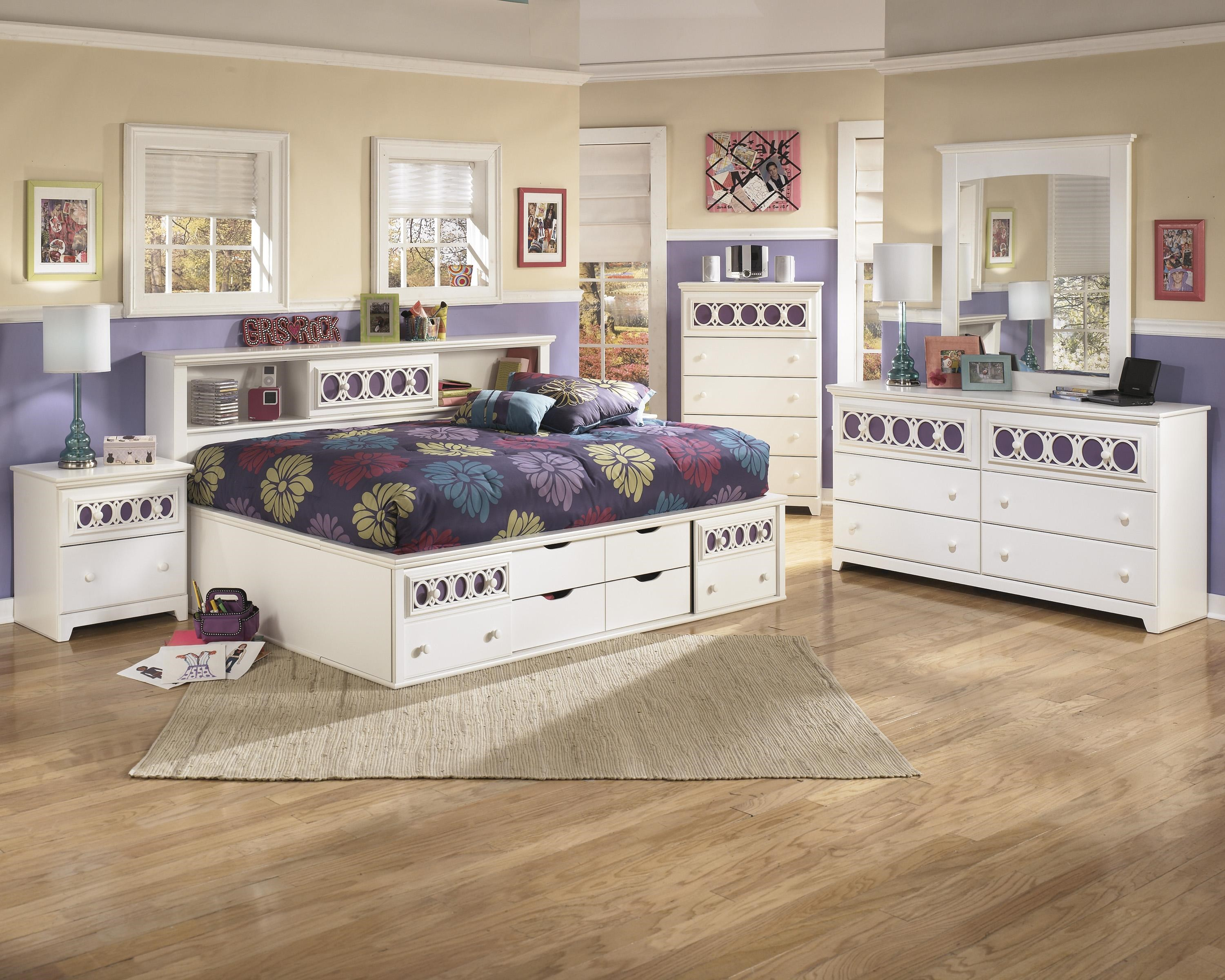 Signature Design By Ashley ZayleyFull Bedroom Group ...