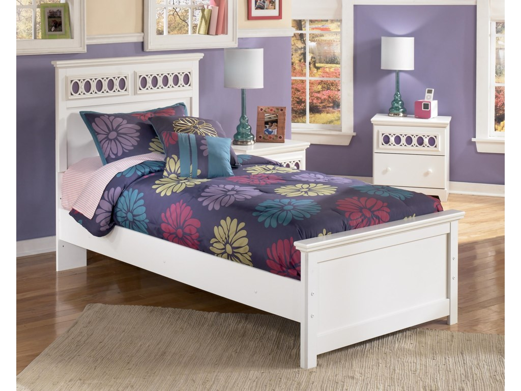 Signature Design by Ashley ZoeyTwin Panel Bed