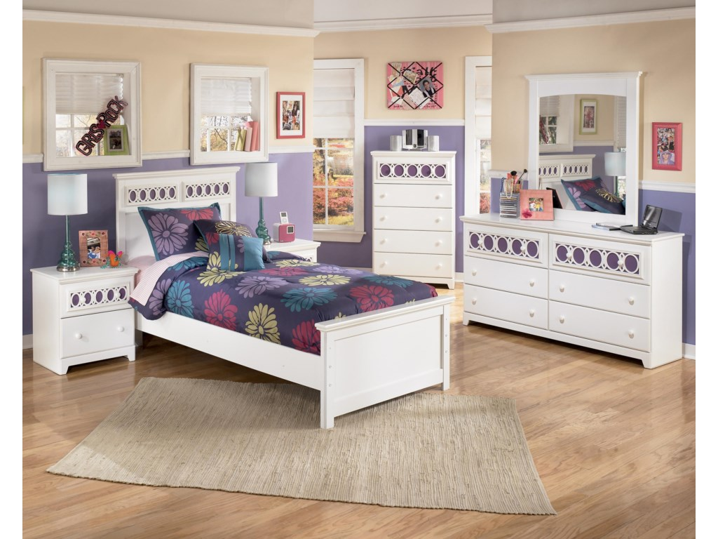 Signature Design by Ashley ZayleyTwin Panel Bed