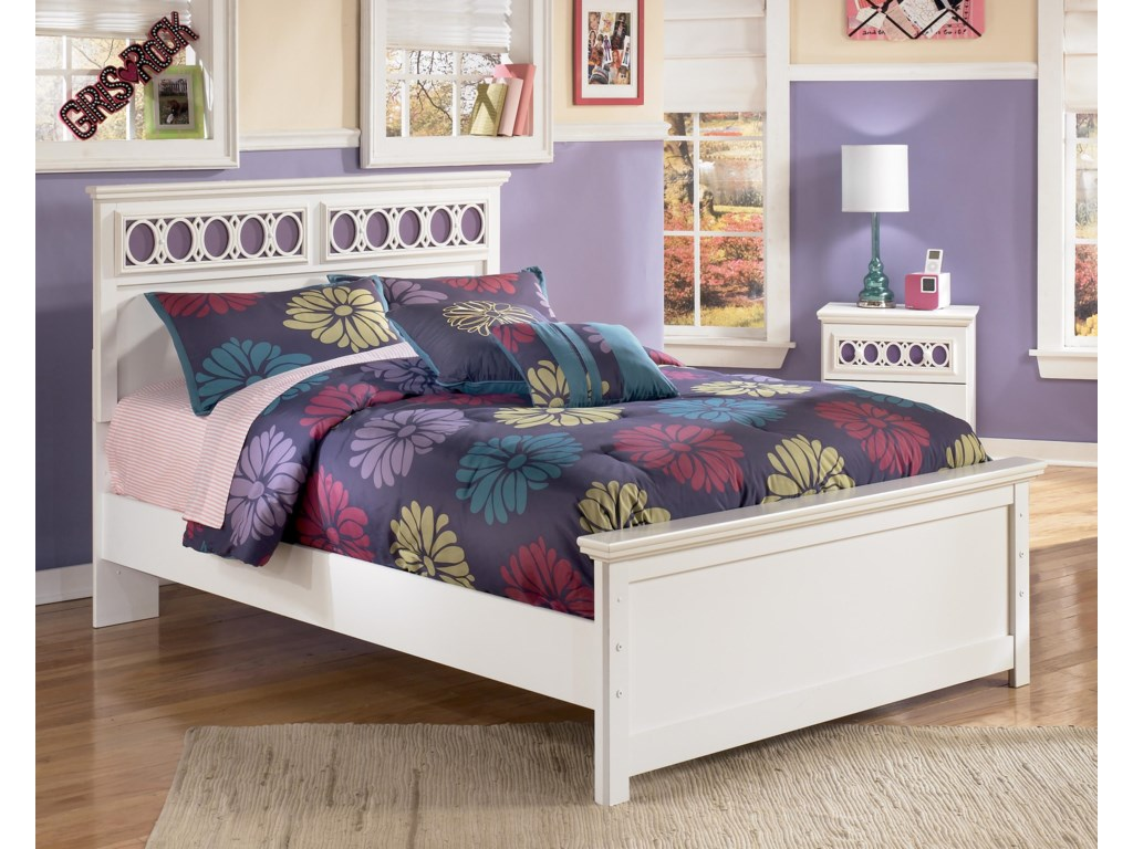 Signature Design by Ashley ZayleyFull Platform Bed