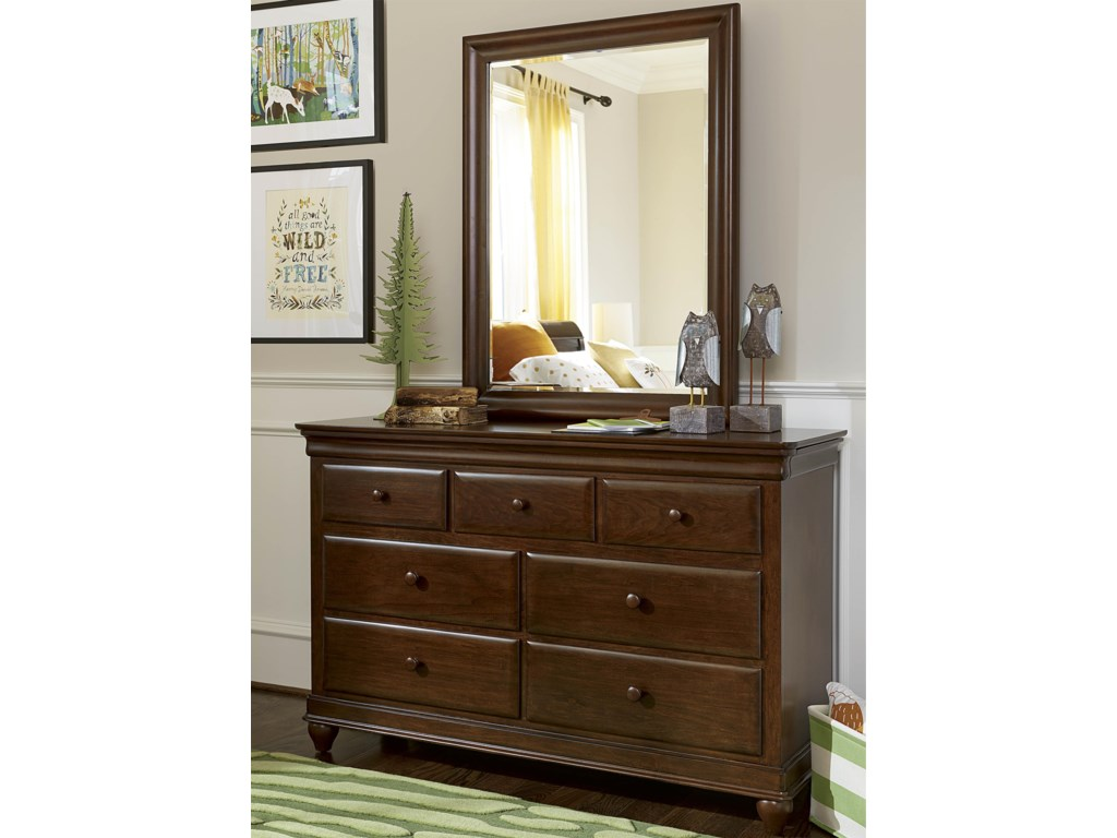 Morris Home Classics 4.0Drawer Dresser & Mirror