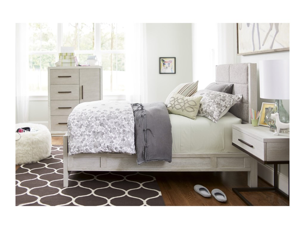 Smartstuff Modern SpiritFull Bedroom Group