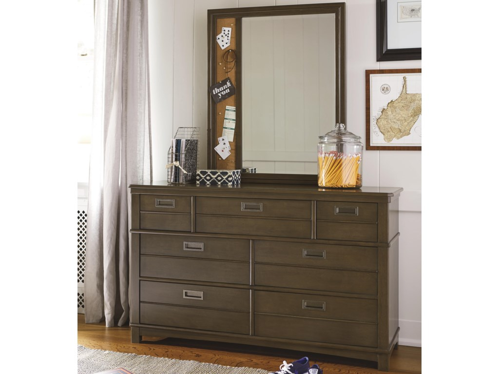 Smartstuff VarsityDresser and Mirror Set