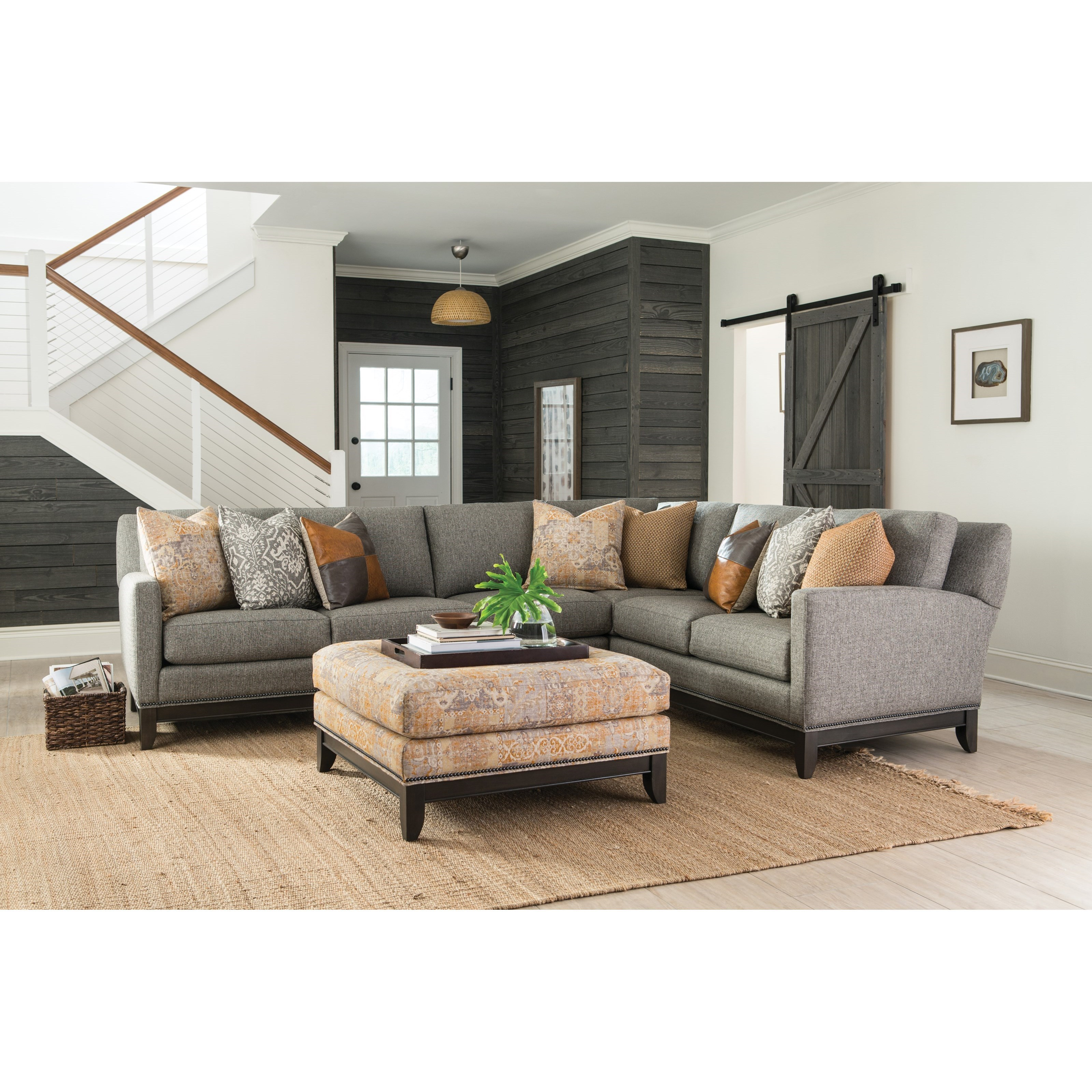 Etonnant 238 Transitional Sectional Sofa With Tapered Legs By Smith Brothers