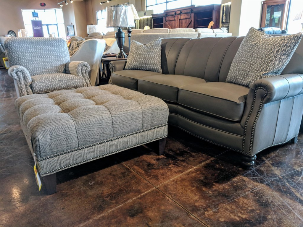 Smith Brothers 383Customizable Sofa