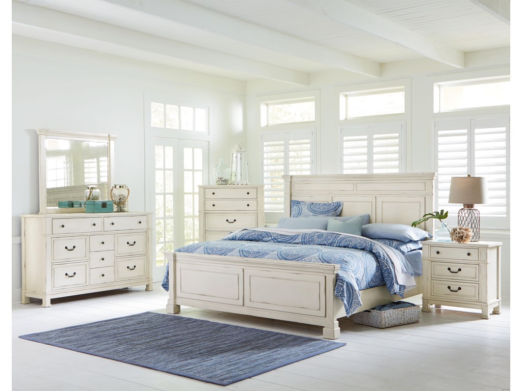 Standard Furniture Chesapeake BayQueen Panel Bed