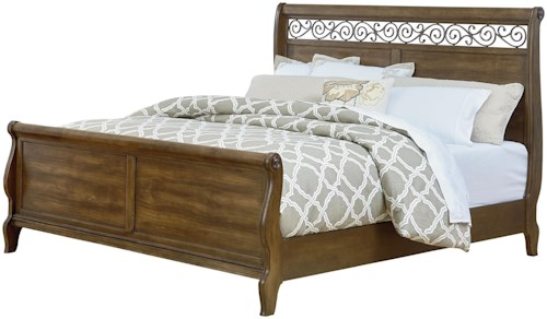 Standard Furniture Monterey Traditional Queen Bed with Scrolled Fret Headboard Detail