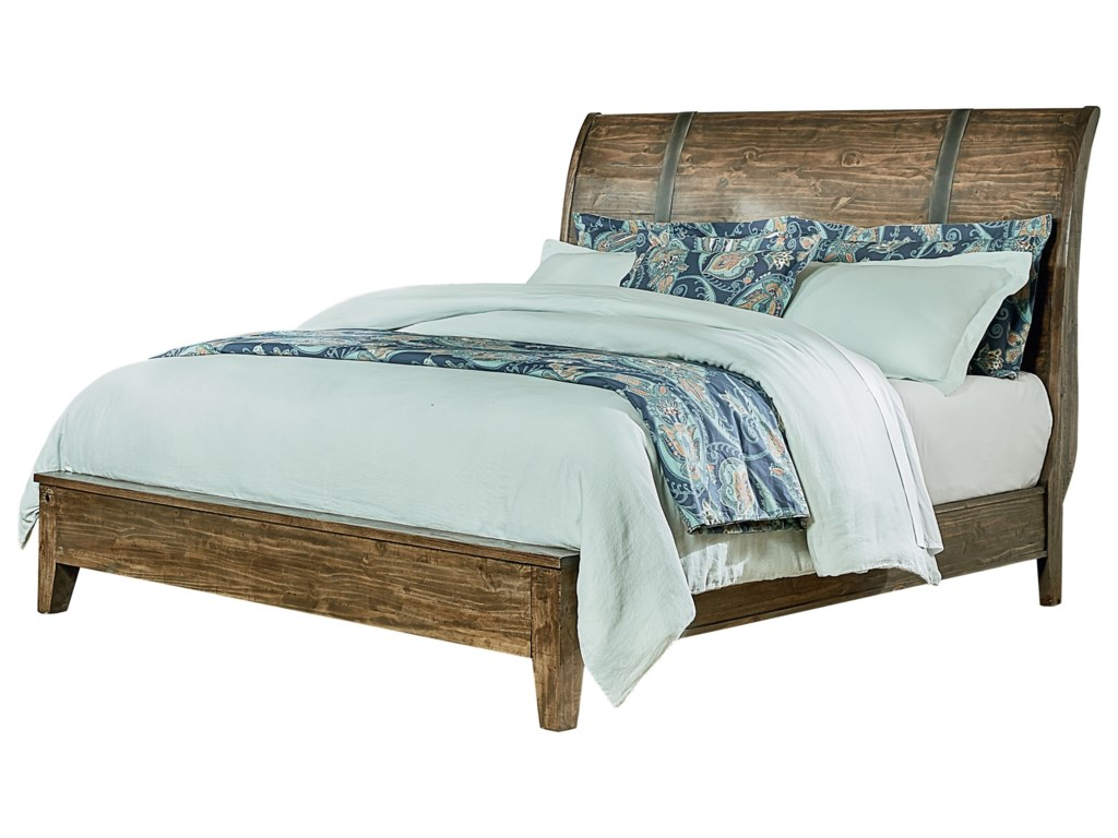 Standard Furniture NelsonKing Sleigh Bed
