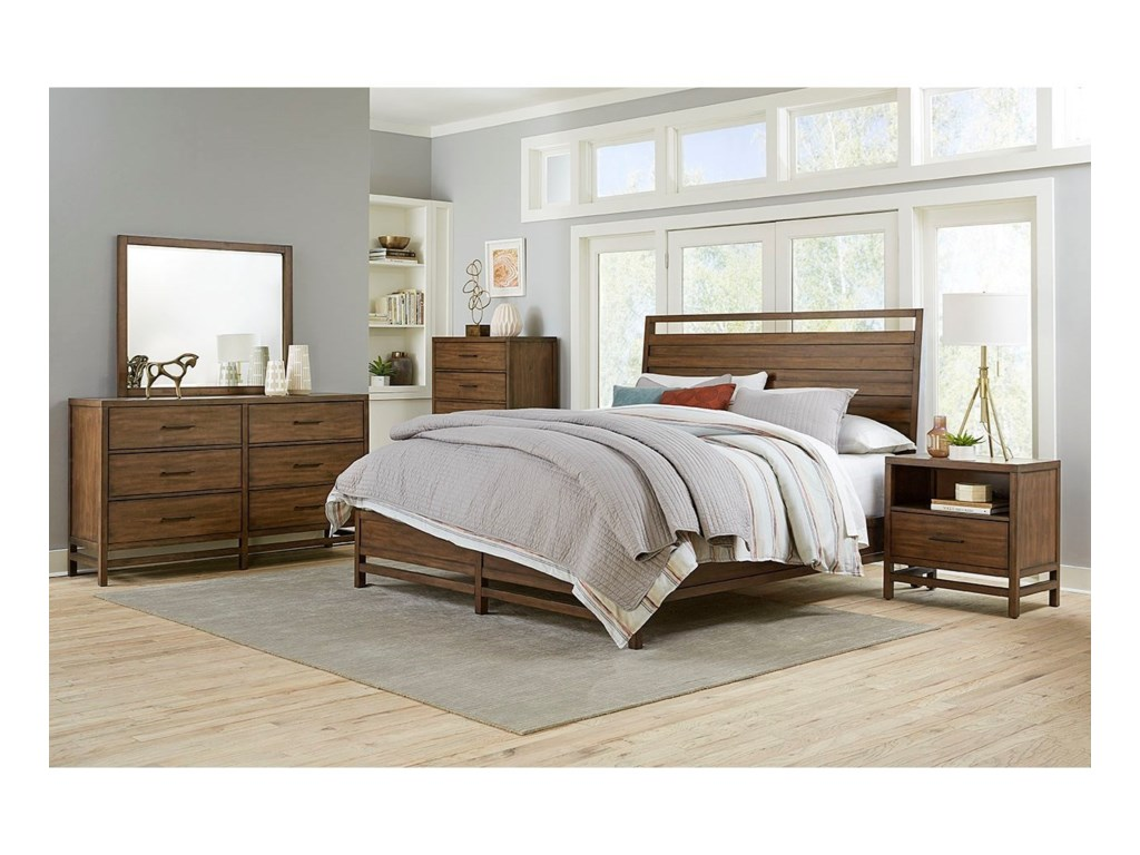 Standard Furniture ThomasQueen Bedroom Group