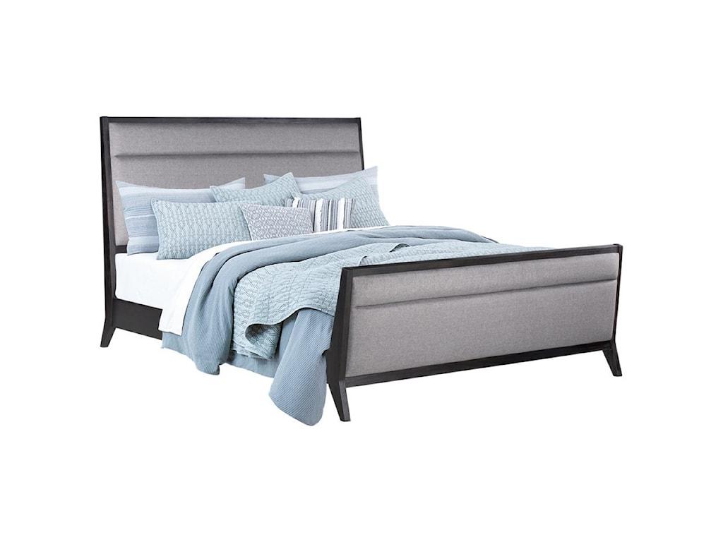 Standard Furniture Thomas BlackQueen Sleigh Bed