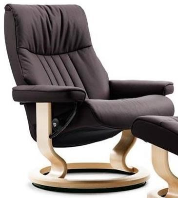 Stressless CrownSmall Reclining Chair with Classic Base