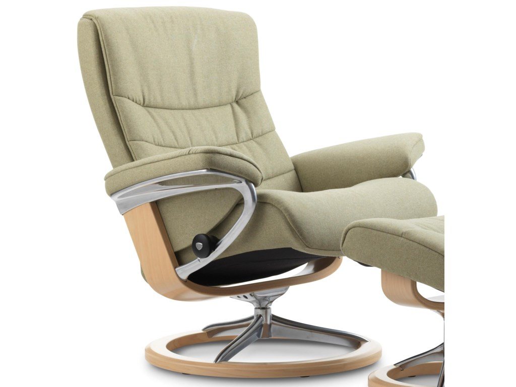 Stressless NordicLarge Reclining Chair with Signature Base