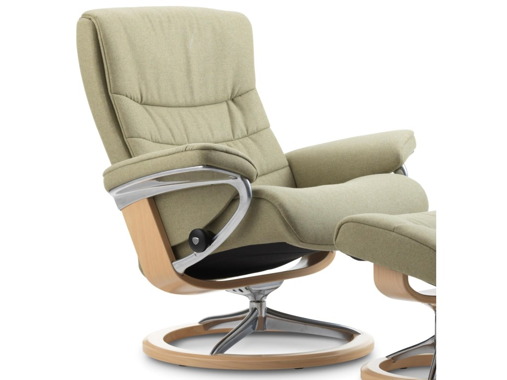 Stressless NordicMedium Reclining Chair with Signature Base