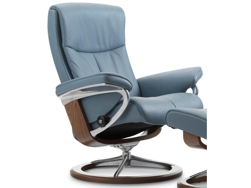 Stressless PeaceSmall Reclining Chair with Signature Base