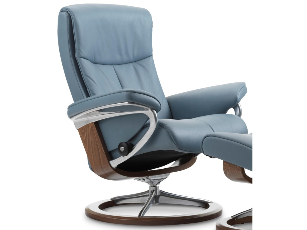 Stressless PeaceLarge Reclining Chair with Signature Base