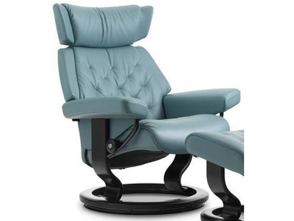 Stressless SkylineSmall Reclining Chair with Classic Base