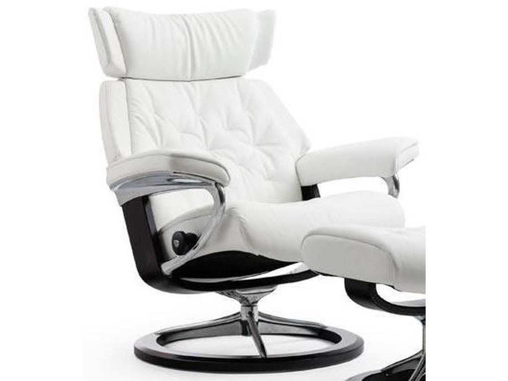 Stressless SkylineLarge Reclining Chair with Signature Base