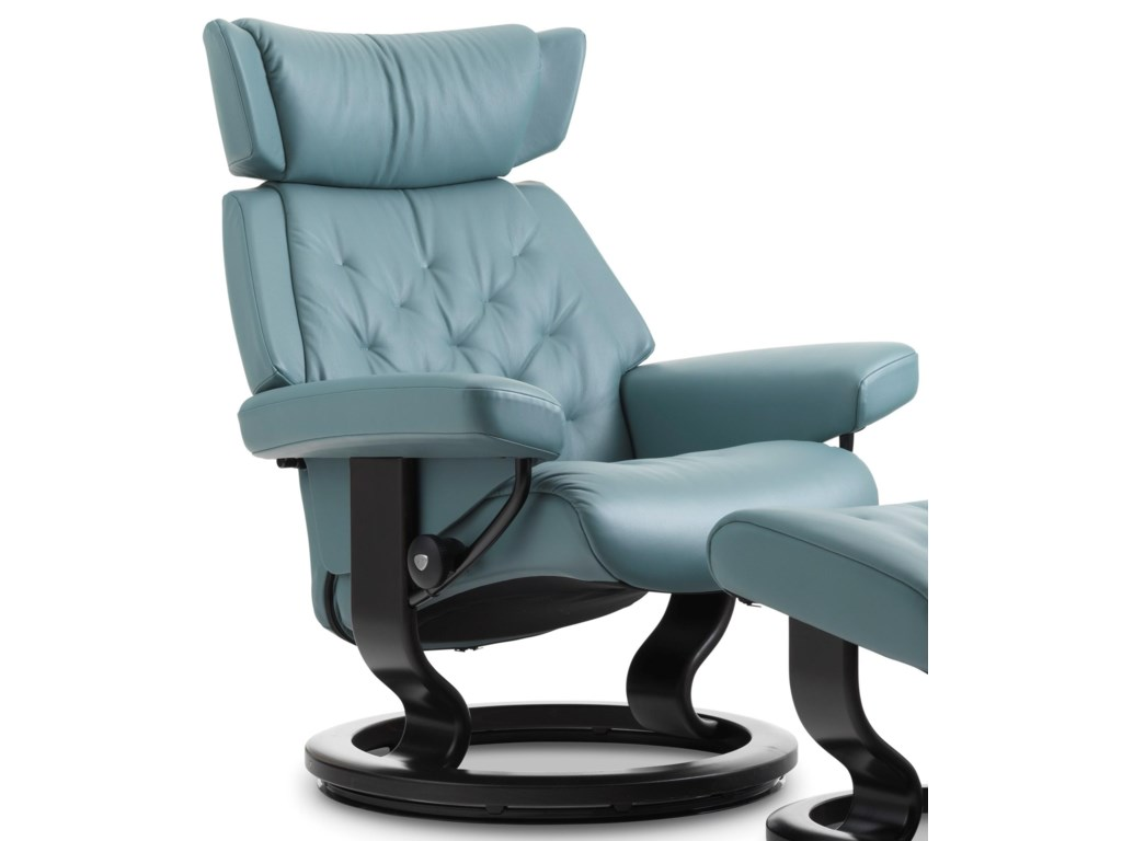 Stressless SkylineMedium Reclining Chair with Classic Base